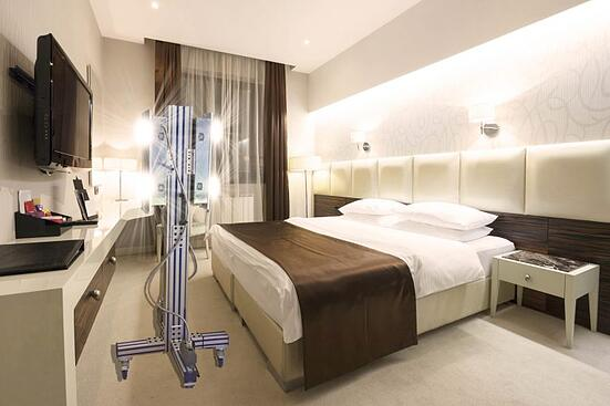 Hotel-with-mobile-uv